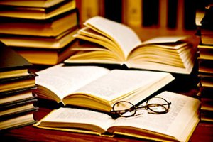 five-tips-publishing-own-book1